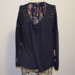 Miss Me Chiffon and Lace Scoop Neck Blouse L